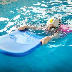 Swimming_girl